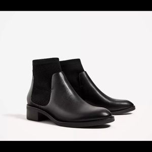 Like NEW Zara sock flat Chelsea booties